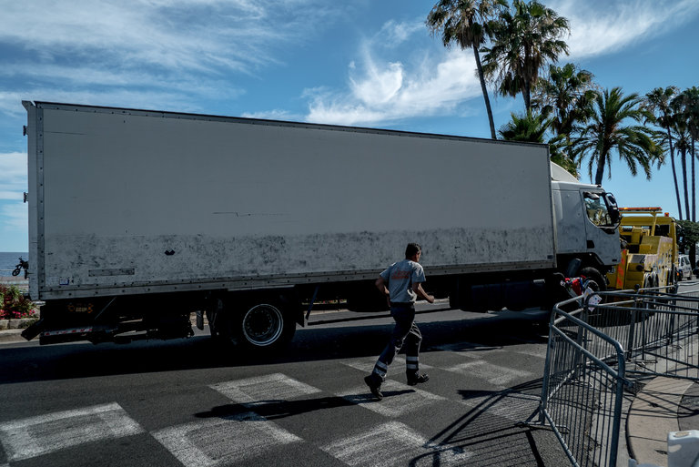 Truck used in Nice attacks (photo: Andrew Testa/NYT)