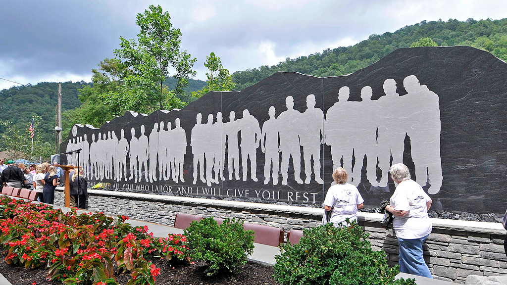 Upper Big Branch memorial (cc photo: Gov. Earl Ray Tomblin)