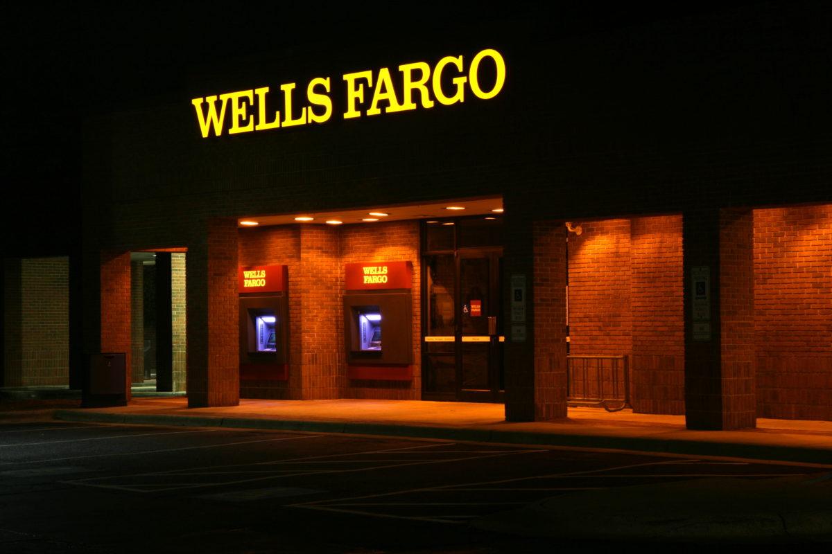 Wells Fargo branch (cc photo: Ildar Sagdejev/Wikimedia)