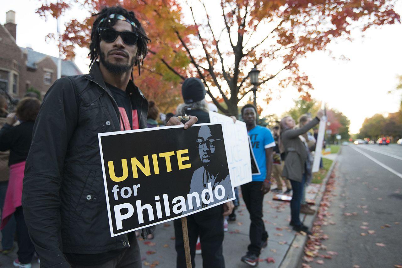 Protesting the killing of Philando Castile (cc photo: Fibonacci Blue)