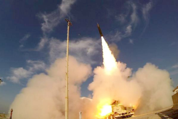 The U.S. Missile Defense Agency tests the Arrow-3 interceptor with the Israel Missile Defense Organization. (photo: US Missile Defense Agency)