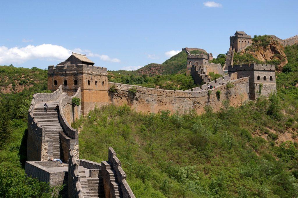Great Wall of China (cc photo: Wikimedia/Jakub Hałun)
