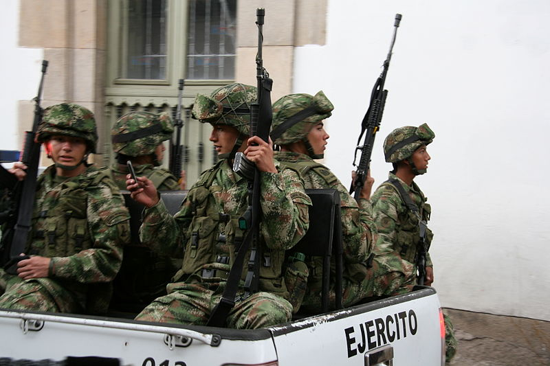 Colombian military police (cc photo: Pipeafcr/Wikimedia)