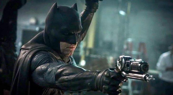 Batman with Batgun in Batman v. Superman