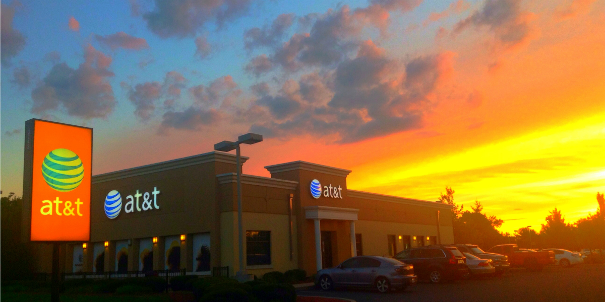 AT&T Sunset (cc photo: Mike Mozart)
