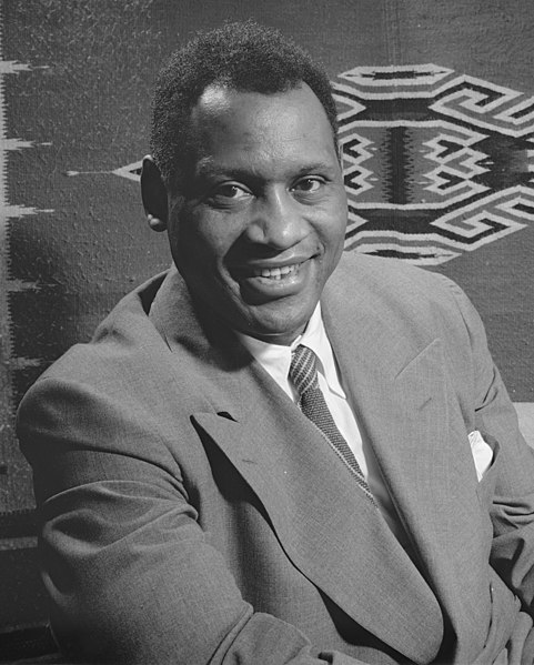 Paul Robeson (photo: Gordon Parks)