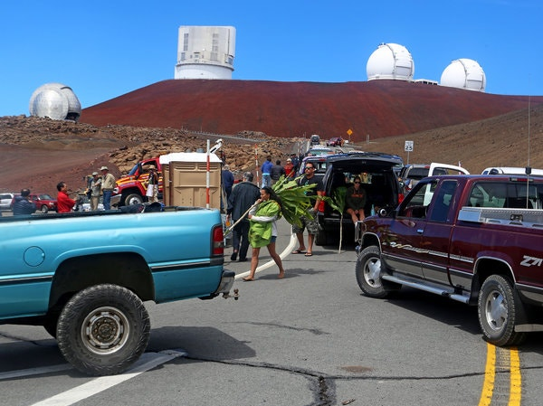 New York Times depiction of Mauna Kea activism