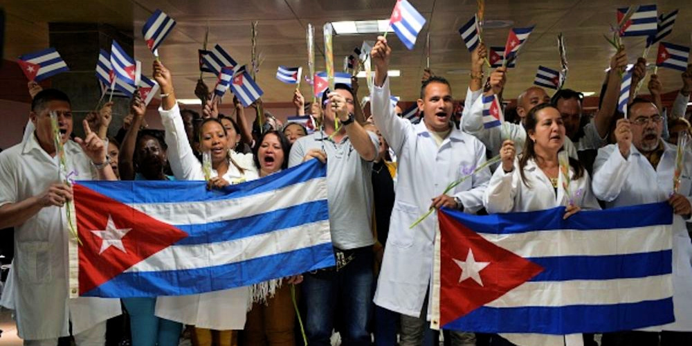 Bloomberg depiction of Cuban doctors fighting the coronavirus